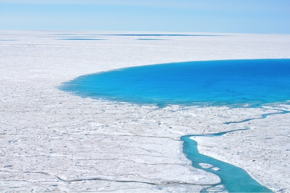 greenland-north-lake-4
